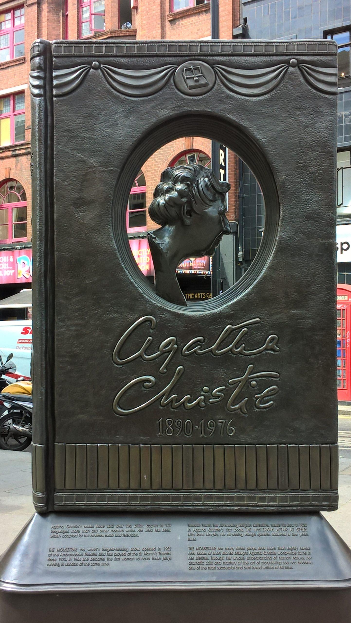 Agatha Christie memorial by Juliamaud