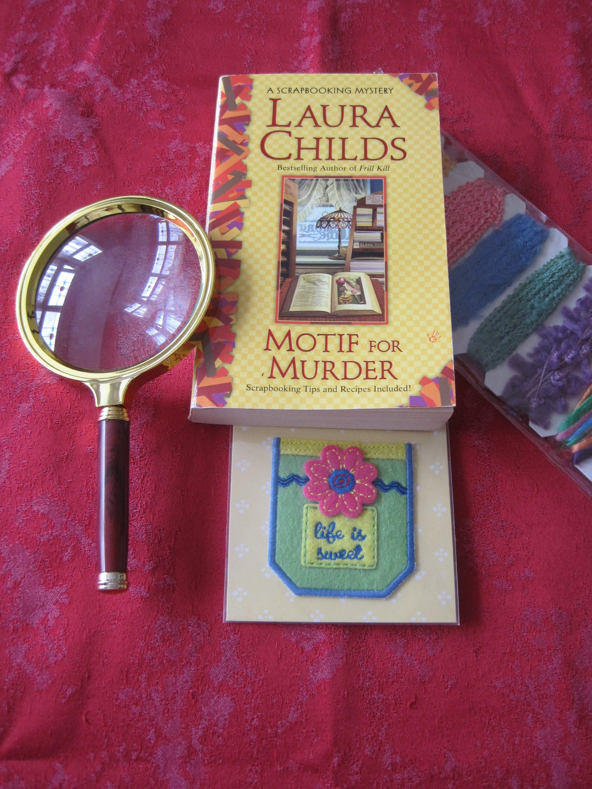 Motif for Murder - photo by Juliamaud